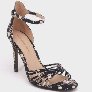 Who What Wear Truth satin Floral heels size 10 NEW